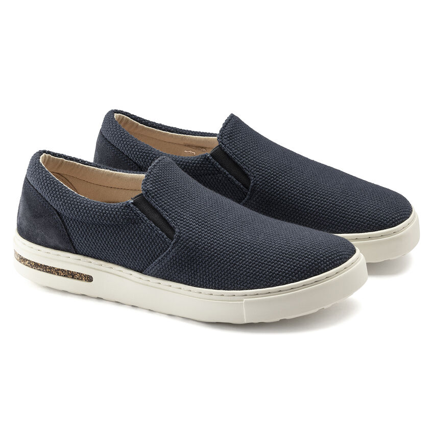 Oswego Canvas/Suede