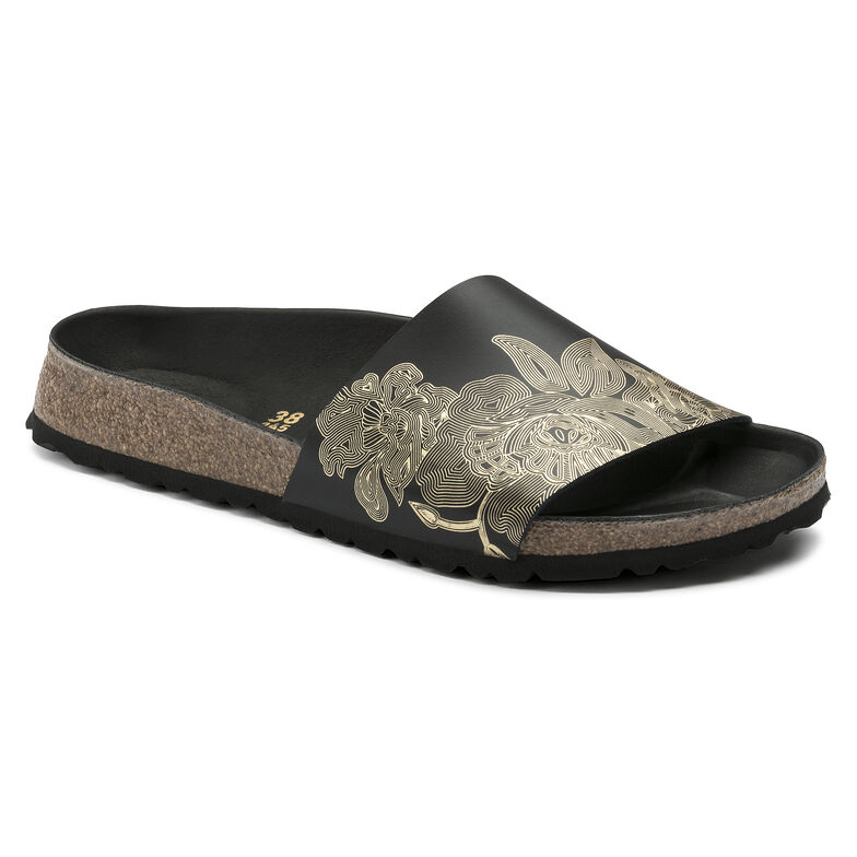 Cora Natural Leather Ornaments Black / Gold