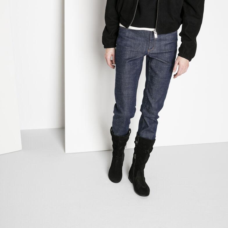Sarnia Suede Leather