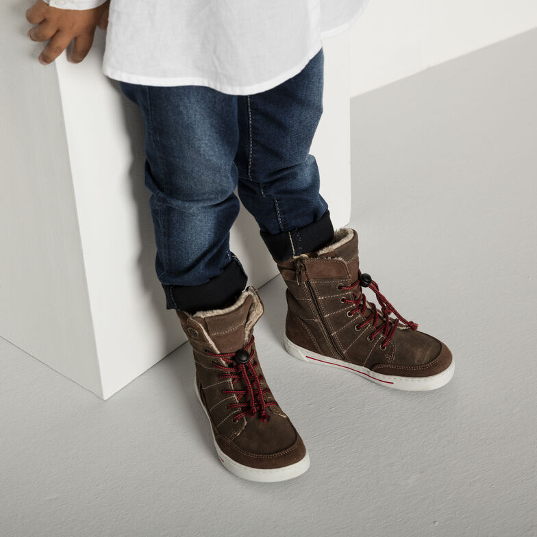 Currow Suede Leather