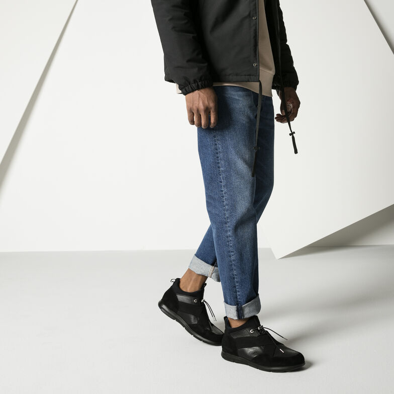 Ames Suede Leather Black