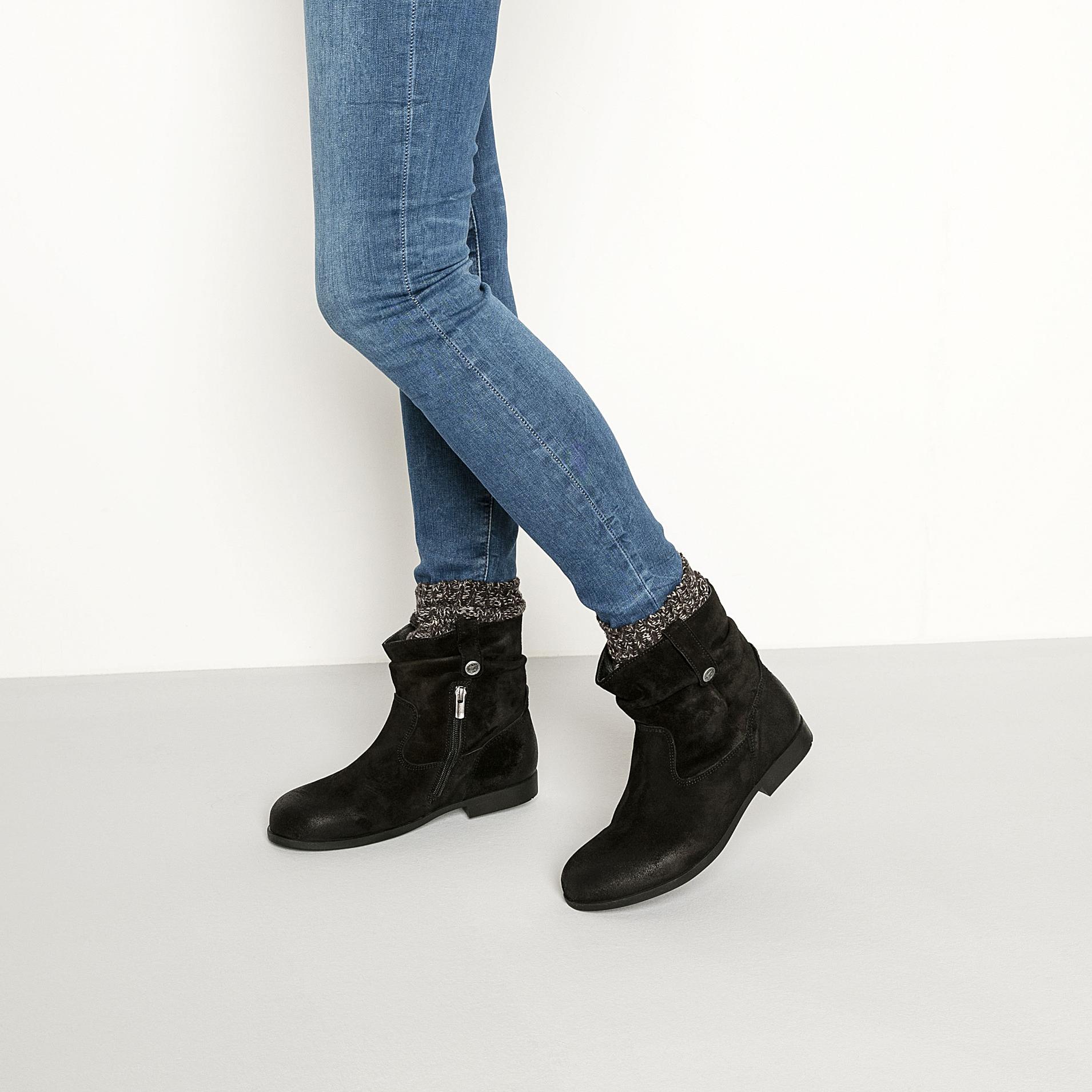 8256e7b6fb893 Sarnia Suede Leather Black