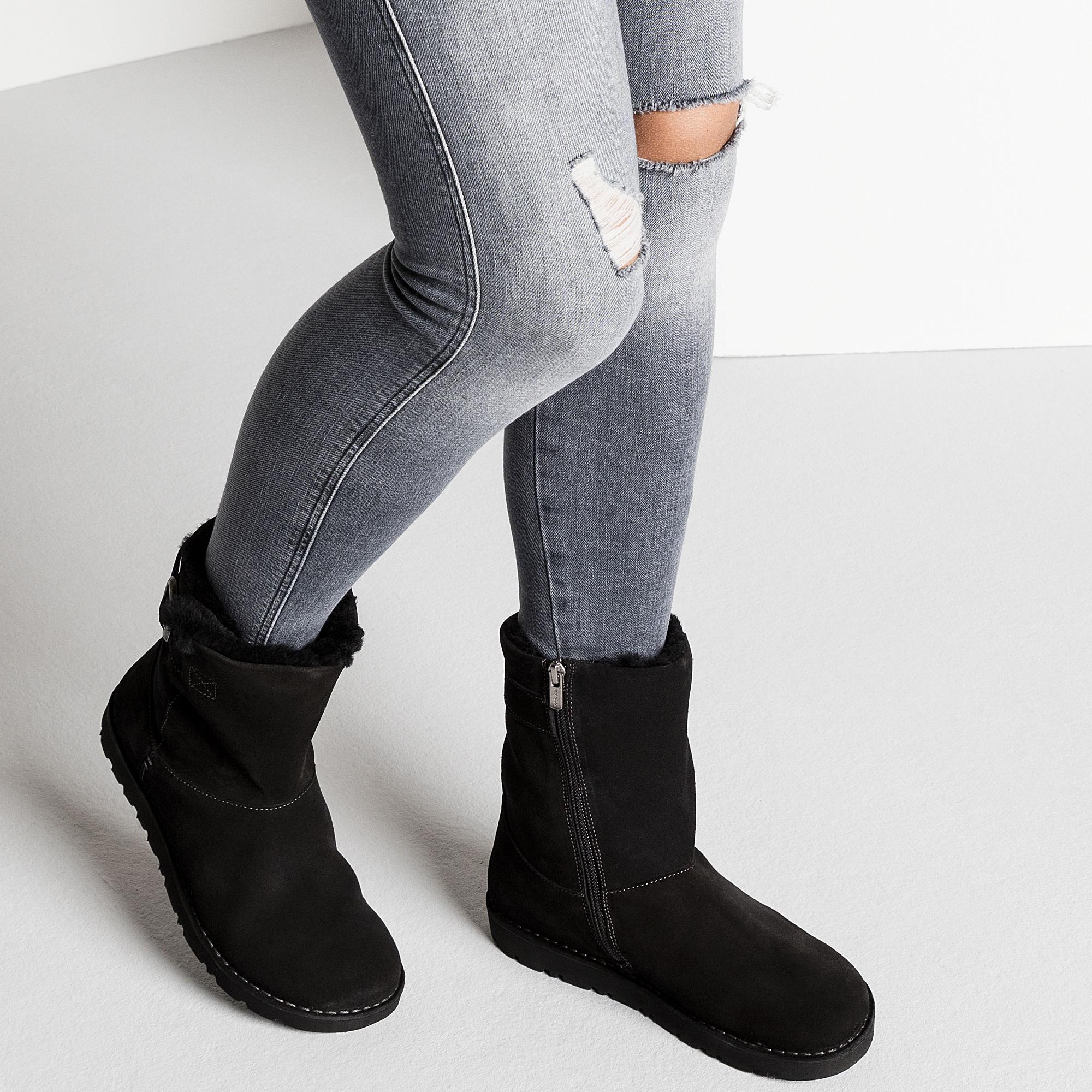 Westford Suede Leather Black