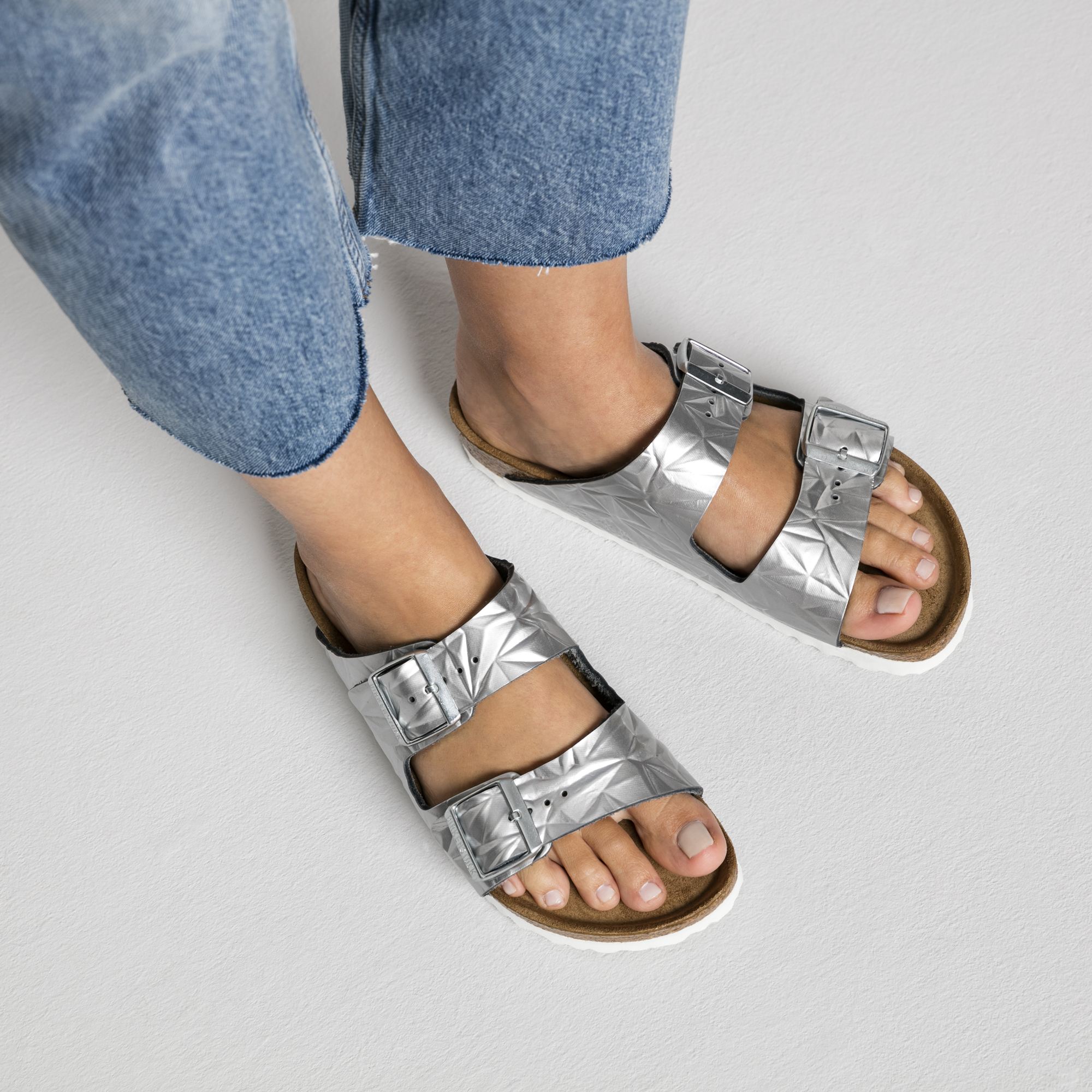 704966c05afb ... Arizona Natural Leather Spectral Silver